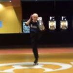 ローラーダンス・片足上げ2