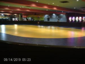 新しいラウンドワン名古屋西春店スケートリンク1