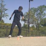 【フリーラインスケート】パイロンを使ったオープンワンエイティの連続技!